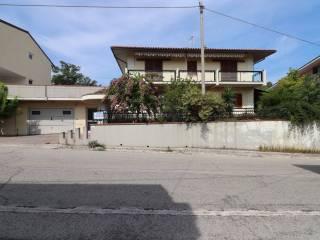 Foto - Villa, buono stato, 326 mq, Campli