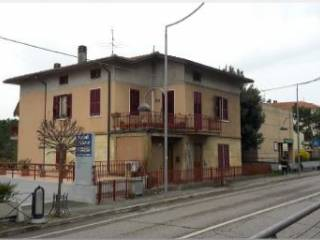 Foto - Appartamento corso 21 Gennaio, Montecchio, Vallefoglia