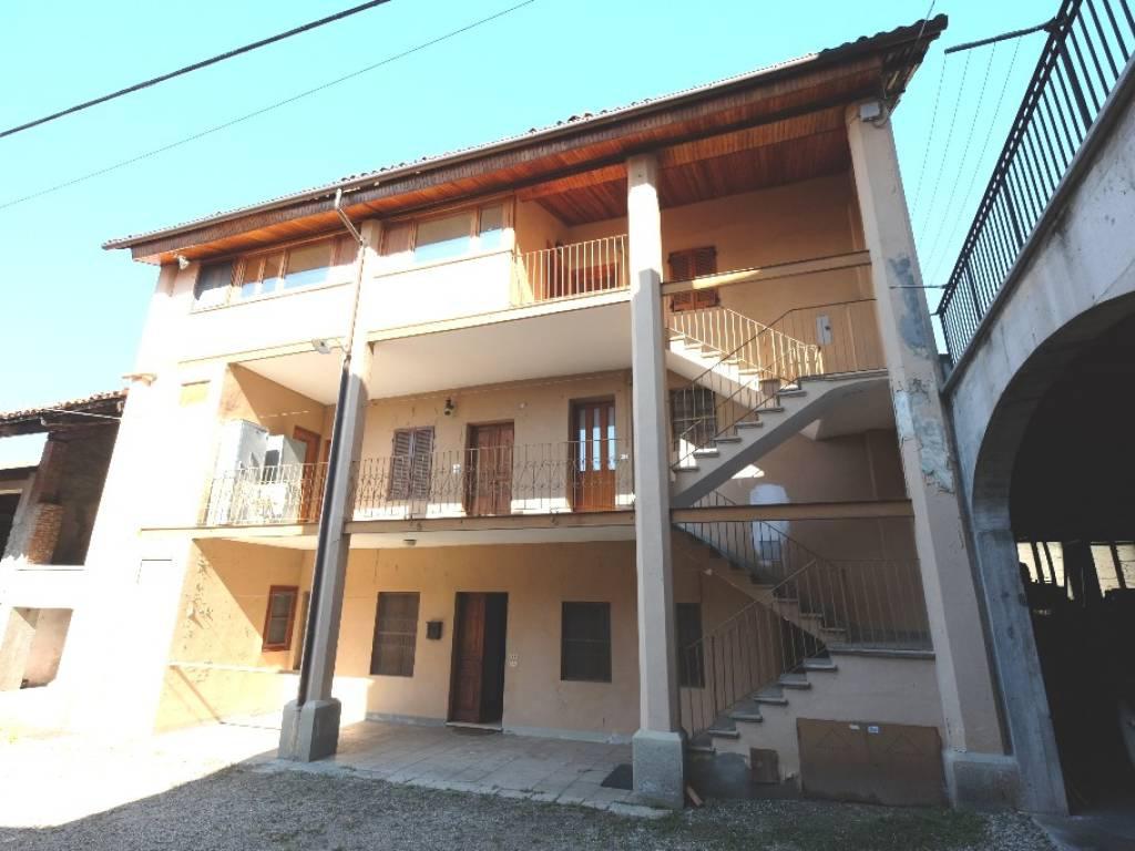 foto  Detached house via Asilo 12, Burolo