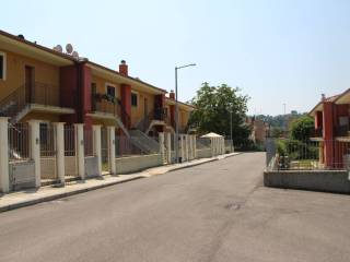 Foto - Trilocale via Roma SNC, Tarano