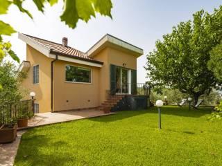 Foto - Casa indipendente via Chiovazzi sn, Piedimonte Etneo