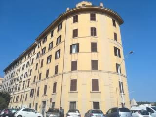 Annunci immobiliari affitto immobili commerciali roma for Annunci locali commerciali roma