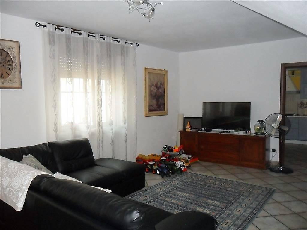 foto Sala Villa corso Vittorio Veneto, Villata