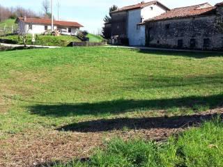 Foto - Terreno edificabile residenziale a Castelgomberto