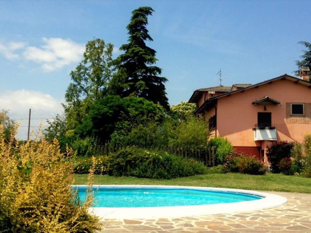 foto esterno Villa bifamiliare via Costa Ferrari, Noceto