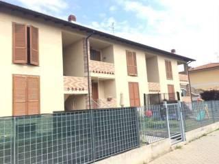 Foto - Trilocale ottimo stato, primo piano, Castelnuovo Bocca d'Adda
