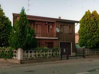 Foto - Villa via P  Gramegnana 2, Casorate Primo