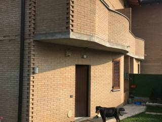 Foto - Villetta a schiera via 1 Maggio 48, Bregnano
