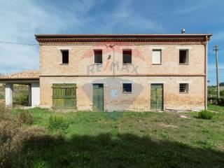 Foto - Rustico / Casale 200 mq, Maiolati Spontini