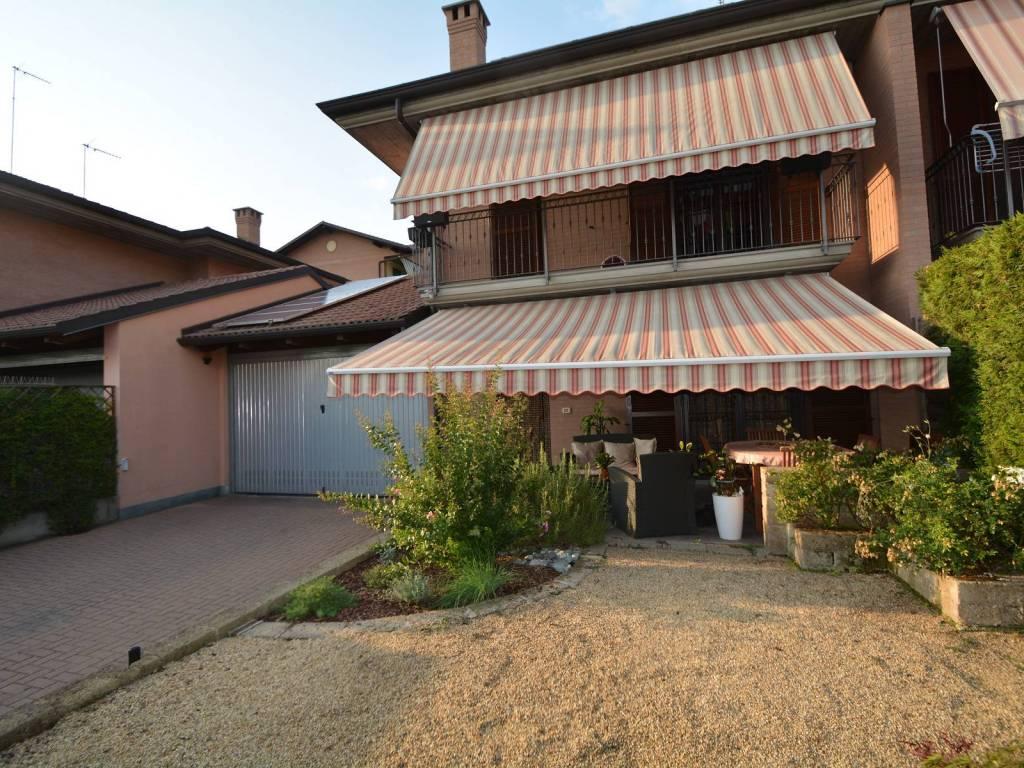 foto  Villa via Michele Magone, Carmagnola