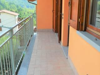 Foto - Trilocale via Pietra, Viadanica