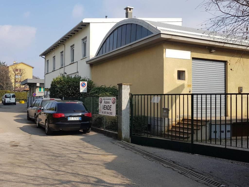 Imprese Edili Varese E Provincia vendita loft in via tagliamento varese. da ristrutturare