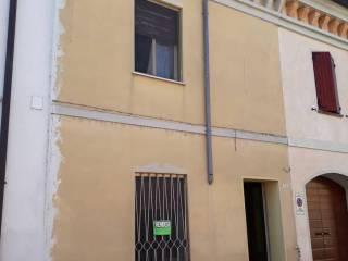 Foto - Casa indipendente via Guglielmo Marconi 72, Rivarolo Mantovano