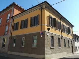 Foto - Trilocale piazza B  Pari, Ostiano