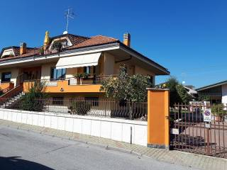 Foto - Villa via Pietro Nenni 8, Borgo San Dalmazzo