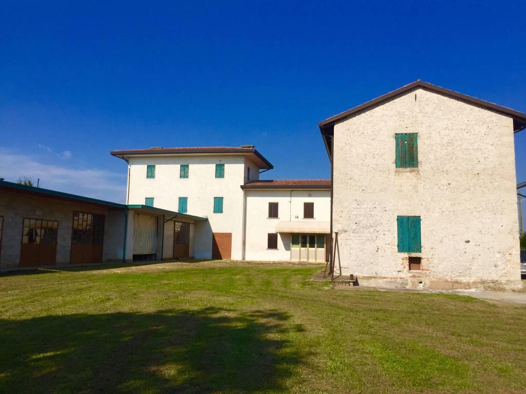 foto  Country house via della Riscossa 43, Nervesa della Battaglia