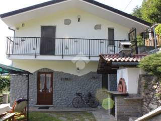 Foto - Casa indipendente borgata prua, 9, Pont-Canavese
