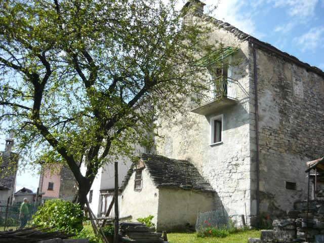 foto  Casa indipendente frazione Cravegna, Crodo