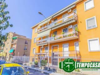 Foto - Trilocale via Piemonte, Crosione, Pavia