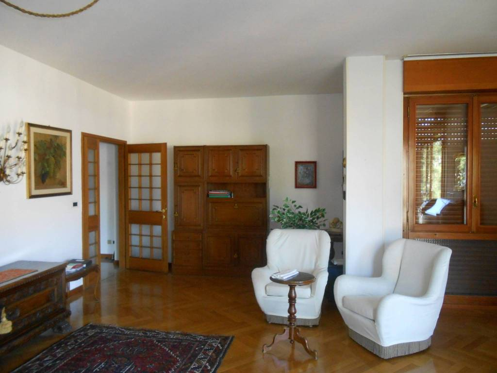 foto SOGGIORNO Appartamento via Giuseppe Grazioli, Trento