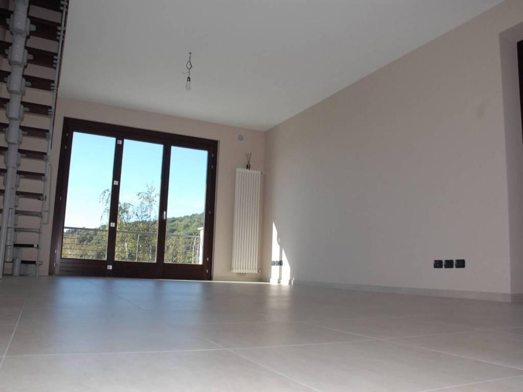 Foto 1 di Appartamento Pinerolo