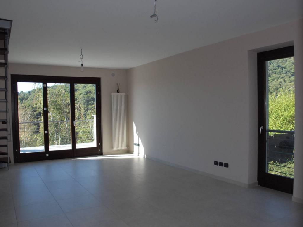 Foto 2 di Appartamento Pinerolo