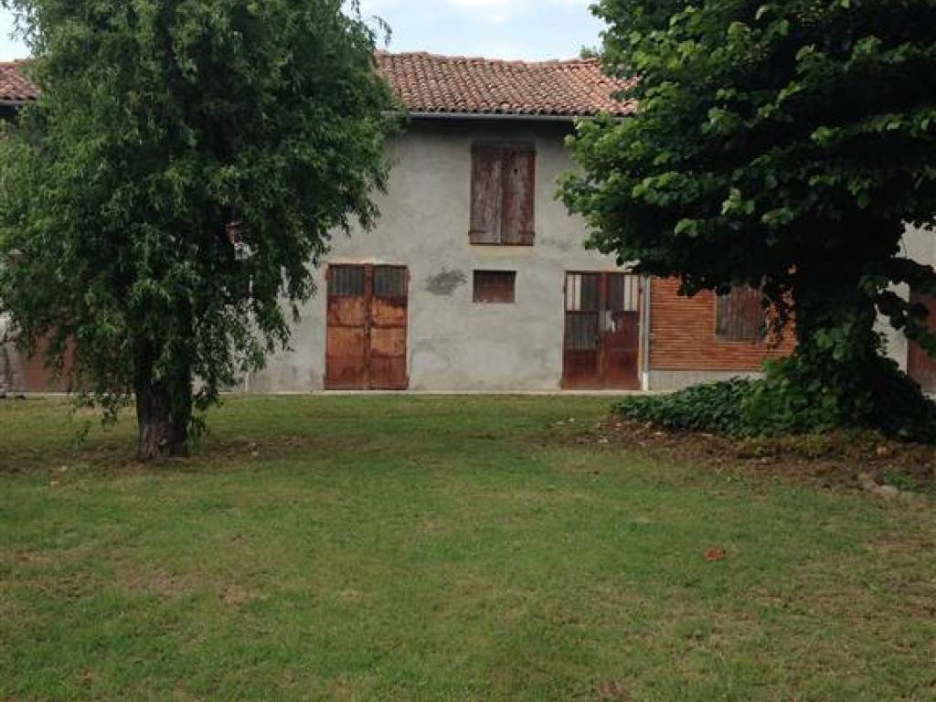 foto  Casa colonica via Giacomo Matteotti 15, Sala Bolognese