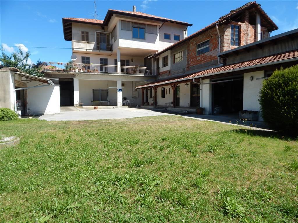 foto  Villa bifamiliare via roma, Brusnengo