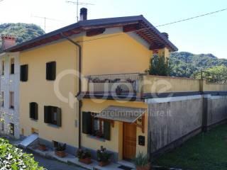 Foto - Casa indipendente 150 mq, buono stato, Nimis