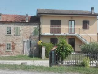 Foto - Villa plurifamiliare, da ristrutturare, 370 mq, Copparo