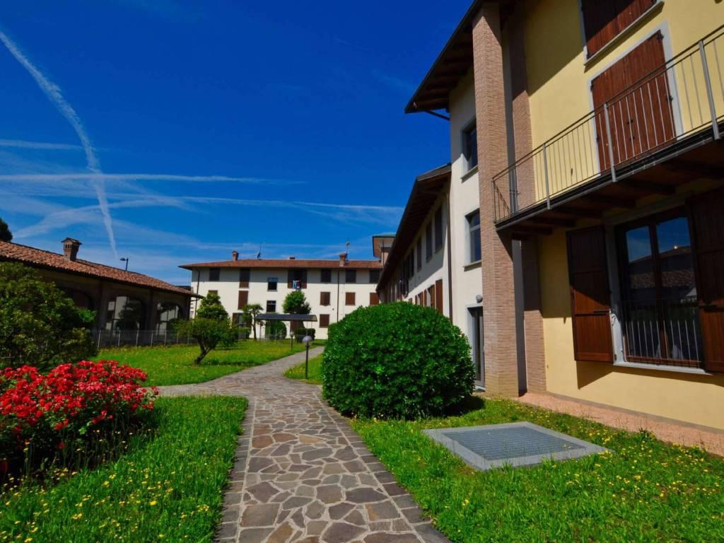 foto  3-room flat via via carso nc, Madone