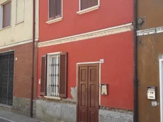 Foto - Casa indipendente via Giuseppe Garibaldi 5, Linarolo