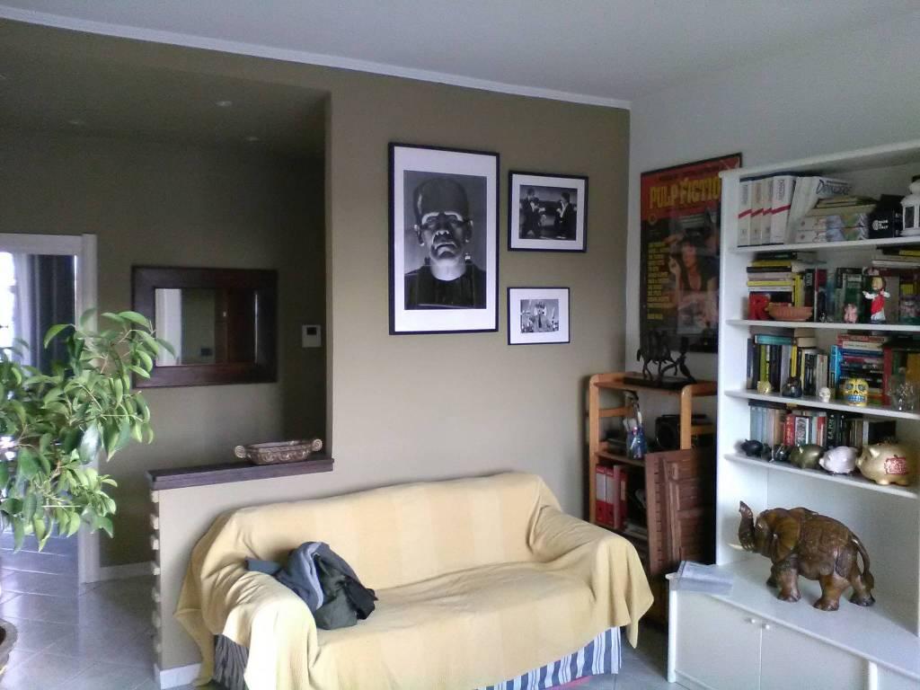 foto SOGGIORNO Bilocale ottimo stato, terzo piano, Milano