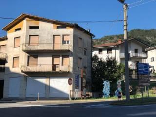 Foto - Palazzo / Stabile via del Lanico 46, Malegno