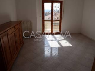 Foto - Quadrilocale buono stato, primo piano, Mosciano Sant'Angelo