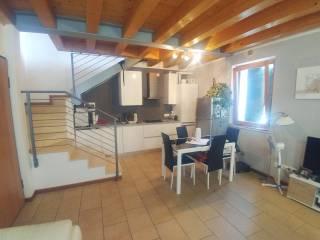 Foto - Trilocale via Trento 32, Castelnuovo del Garda