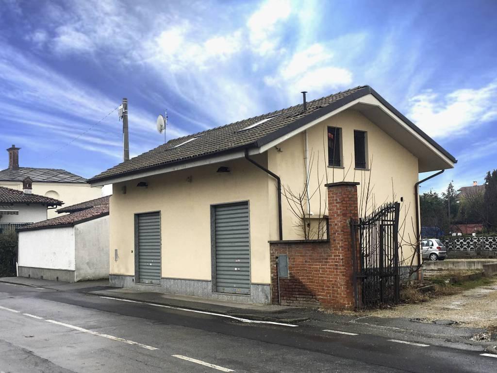 foto  Villa via Piscina, Airasca