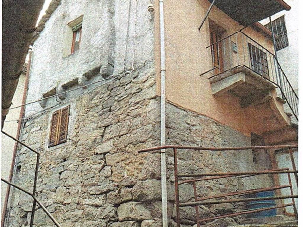 foto  Casa indipendente frazione Cresti, Montescheno