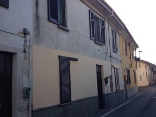 Foto - Trilocale all'asta via Gambolò 27, Gambolò