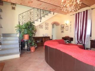 Foto - Casa indipendente 220 mq, ottimo stato, Tortona