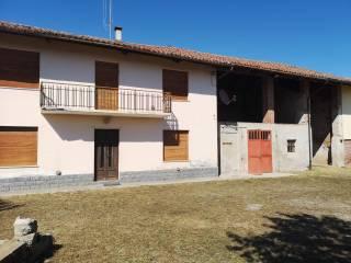 Photo - Country house Morra San Giovanni, Busca