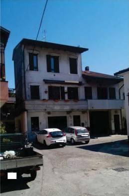 foto  Appartamento all'asta piazza Papa Giovanni XXIII 127-E, Cavaria con Premezzo