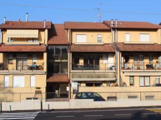 Foto - Trilocale ottimo stato, secondo piano, Baraggia, Viggiù