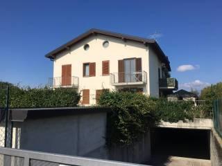 Foto - Villa via Giuseppe Garibaldi, Luisago