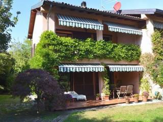 Foto - Villa bifamiliare via Europa Unita, Montorfano
