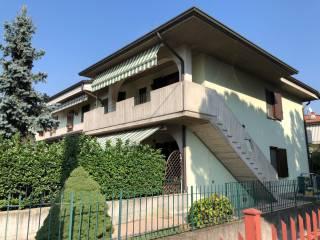 Foto - Trilocale via Palestro 101, Castegnato