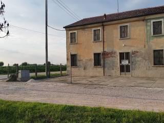 Foto - Villetta a schiera via Dossi, Pradelle, Gazzo Veronese