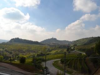 Foto - Quadrilocale località lussi, 17, Santa Vittoria d'Alba