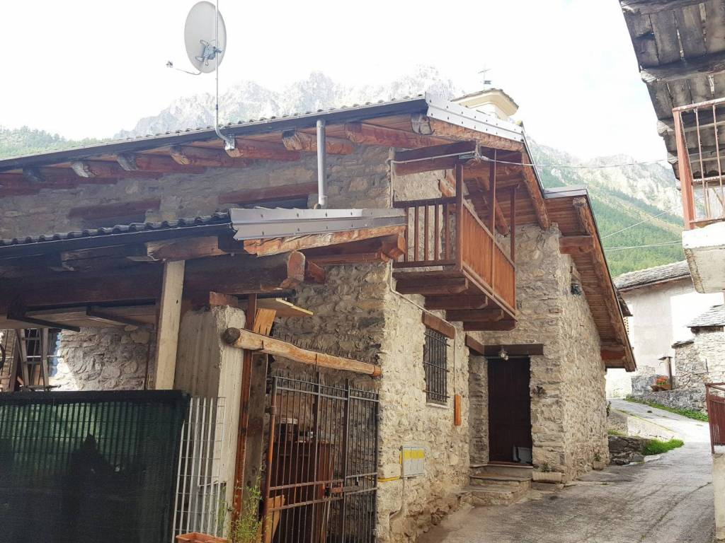Foto 1 di Appartamento Borgata Saretto, Acceglio
