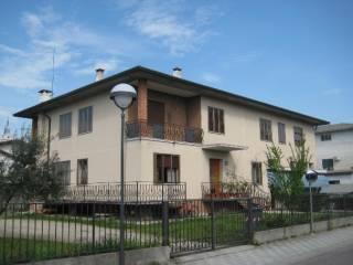 Foto - Palazzo / Stabile due piani, buono stato, Rosà